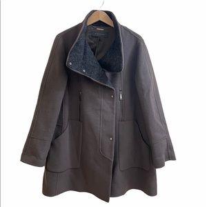 Elie Tahari mock neck wool Coat